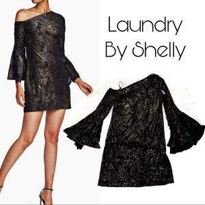 Draped bell sleeves dress with golden paisley